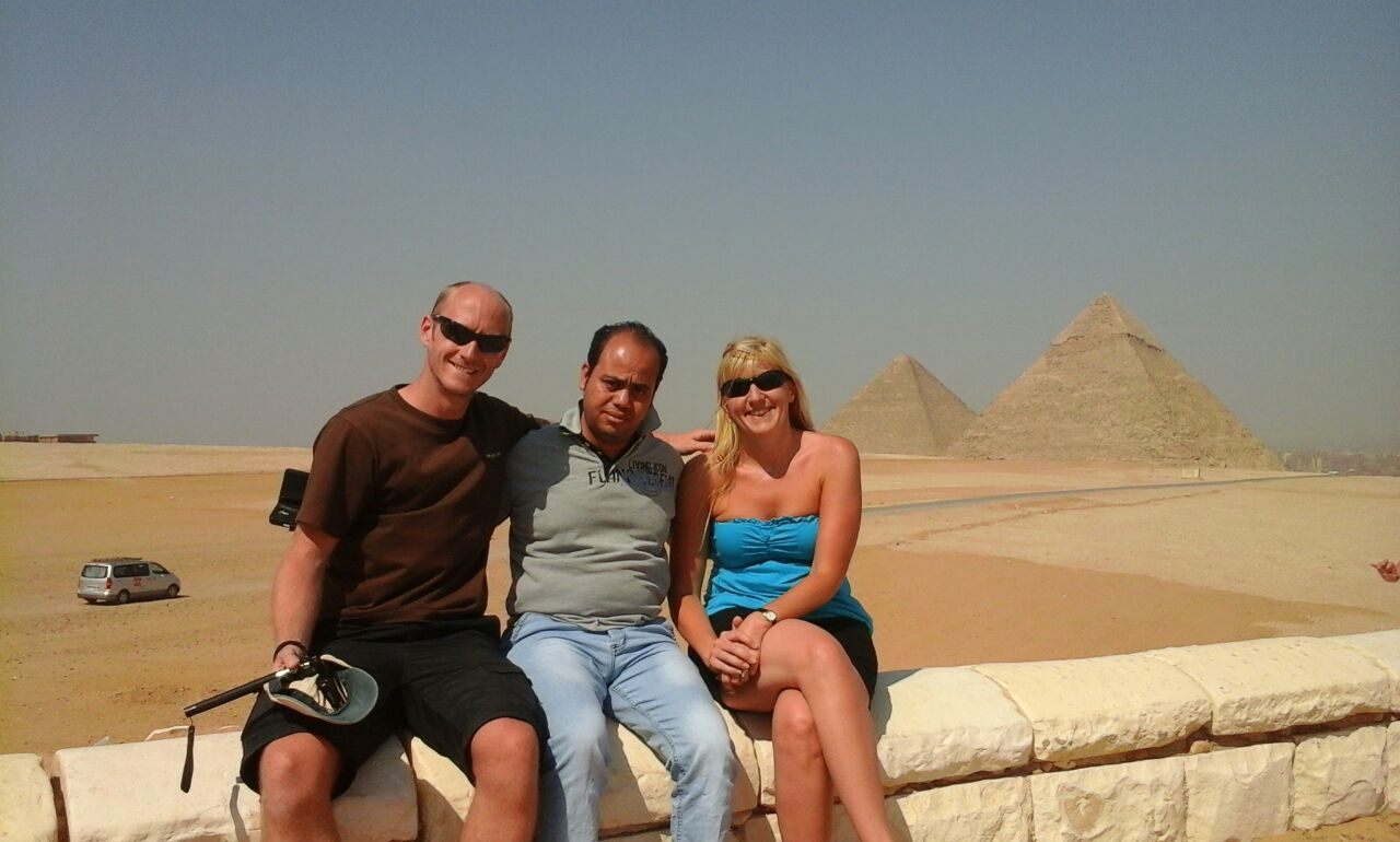 STOPOVER DAY TOUR FROM CAIRO AIRPORT VISIT GIZA PYRAMIDS SPHINX THE EGYPTIAN MUSEUM CITADEL & BAZAAR