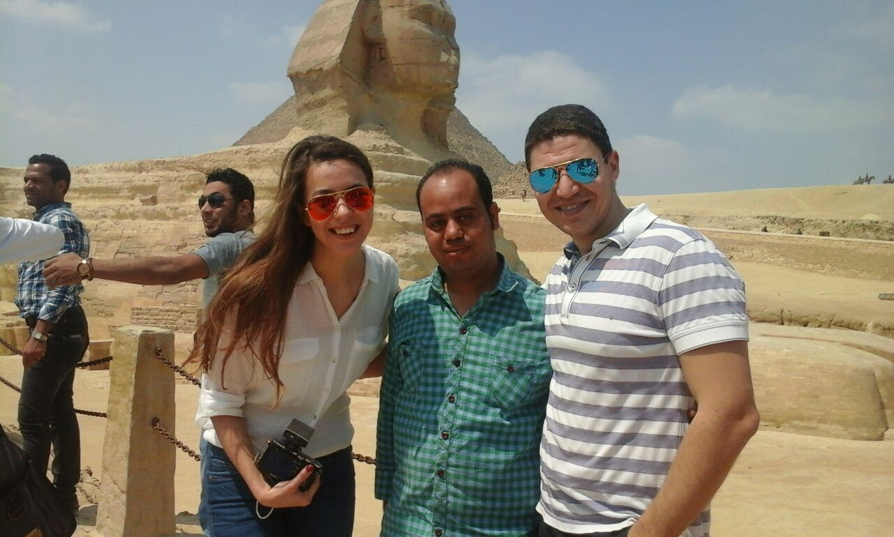 Private Budget guided full day tour to Giza Pyramids,Memphis and  Sakkara
